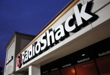 Photo of Judge Approves RadioShack Sale to Standard General