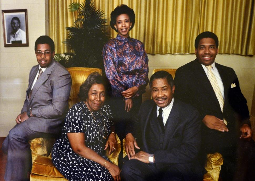 Lorenzo Lynch (left) died at the age of 51 due to complications from diabetes. Pictured is the Lynch family in a portrait from 1980 also showing Lorine, Loretta, Lorenzo Sr. and Leonzo in their Durham, N.C., home. (Courtesy of the Lynch family)