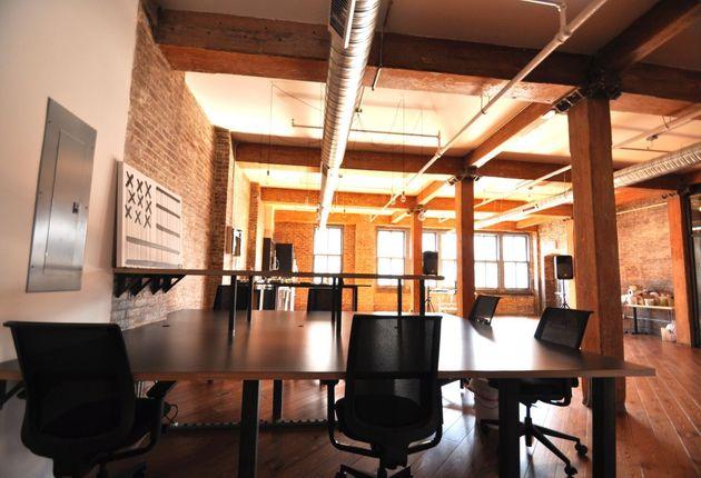 pivotdesk-office-space