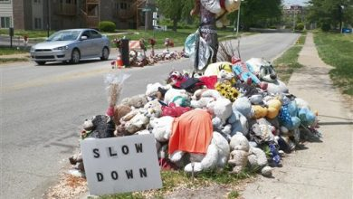 Photo of Ferguson Mulls Removing Brown Shrine from Middle of Street