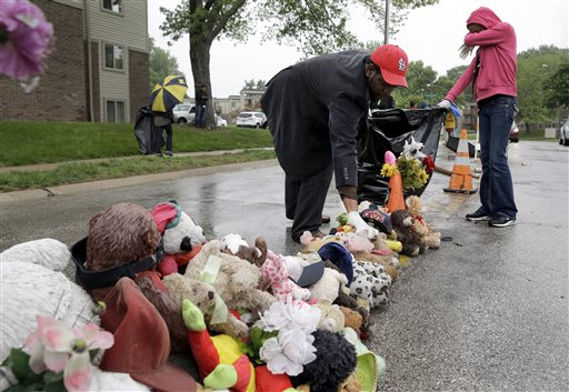 Photo of Ferguson: The Other Young Black Lives Laid to Rest in Michael Brown's Cemetery