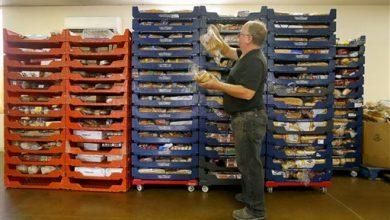 Photo of Facing $1 Billion Deficit, Arizona Sharply Limits Welfare