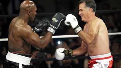 Photo of Evander Holyfield Beats Mitt Romney in the Most Ridiculous Fight of the Year