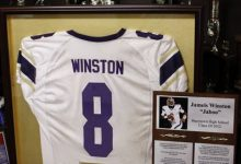 Photo of Winston Brings Spotlight to Alabama Hometown for Draft