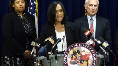 Photo of Grand Jury Indicts 6 Officers in Death of Freddie Gray