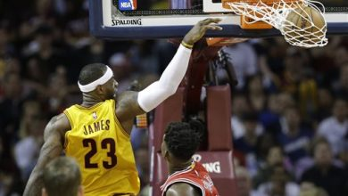 Photo of LeBron's 33 Lead Cavaliers Past Bulls 106-91 in Game 2