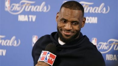 Photo of LeBron Explains How the Cavaliers' 'Grit Squad' Won Game 2