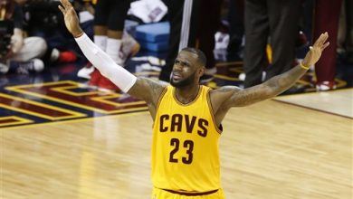Photo of LeBron, Cavs Survive Warriors Comeback, Win Game 3 96-91