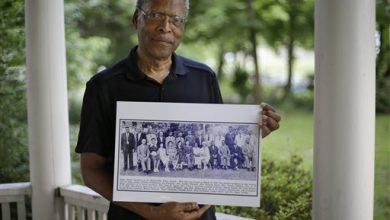Photo of Attorney Feels Driven to Solve 1940 Slaying of NAACP Member