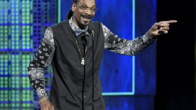 Photo of Snoop Dogg Sues Beer-Maker Pabst Over Sale Profits