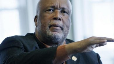 Photo of Mississippi's Black Congressman Hopes Confederate Flags Become 'Artifact of History'