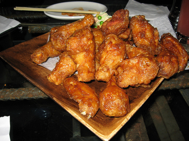Korean fried chicken at Bonchon (Arnold Gatilao/Flickr/CC BY 2.0)