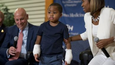 Photo of Boy Who Lost Hands to Infection Gets Double-Hand Transplant