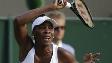 Photo of At Hot-for-Wimbledon, Venus Williams Nears Serena Showdown