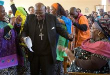 Photo of Archbishop Desmond Tutu Back in South Africa Hospital