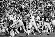 Photo of Former Oakland and Alabama Quarterback Ken Stabler Dies at 69