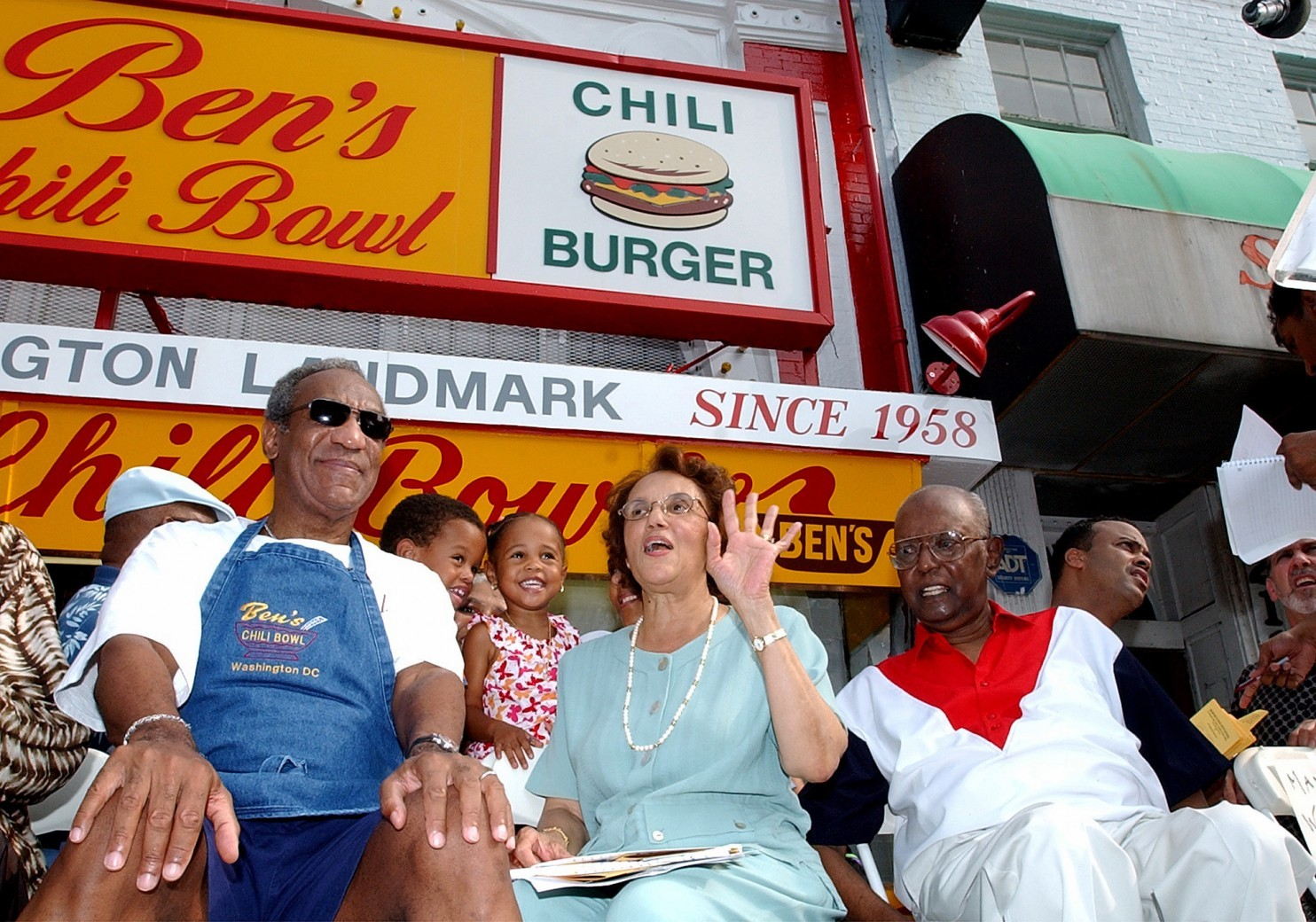 Photo of D.C.'s Ben's Chili Bowl Appears to Distance Itself from Bill Cosby