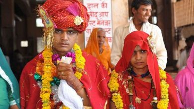 Photo of Police Seek 'Illegal Child Marriage Broker' After Pictures Show 35-Year-Old Man Marrying Girl Aged 6