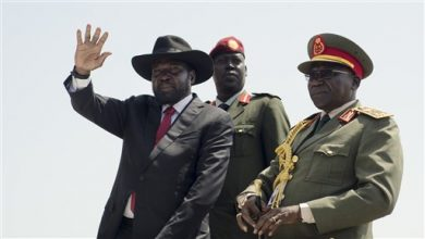Photo of South Sudan President Salva Kiir Signs Peace Deal