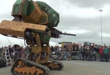Photo of Giant Robots Set to Fight After U.S. Company Issues Video Challenge to Japanese Rival