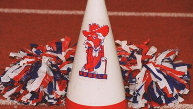 Photo of Confederate Flag Battle Sparks Debate Over Ala. High School Mascot