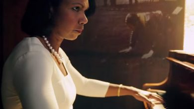 "Photo of Condoleezza Rice Marks Independence Day With Beautiful Duet Performance of ""Amazing Grace"""