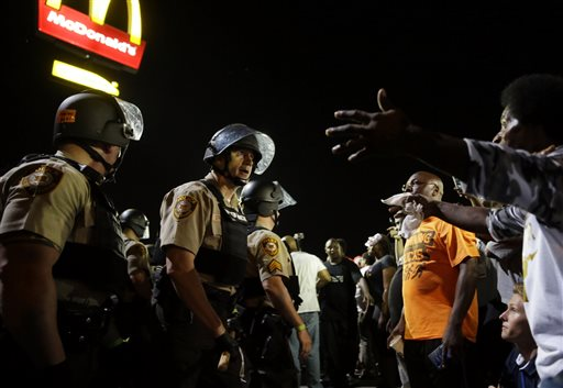 Photo of Filming Encounters With Police is a Constitutional Right, Federal Court Rules