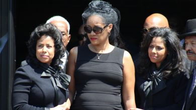 Photo of Hundreds Attend Mel Farr Funeral to Bid Farewell