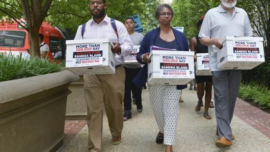 Photo of Civil Rights Groups Demand Federal Investigation into the Death of Sandra Bland