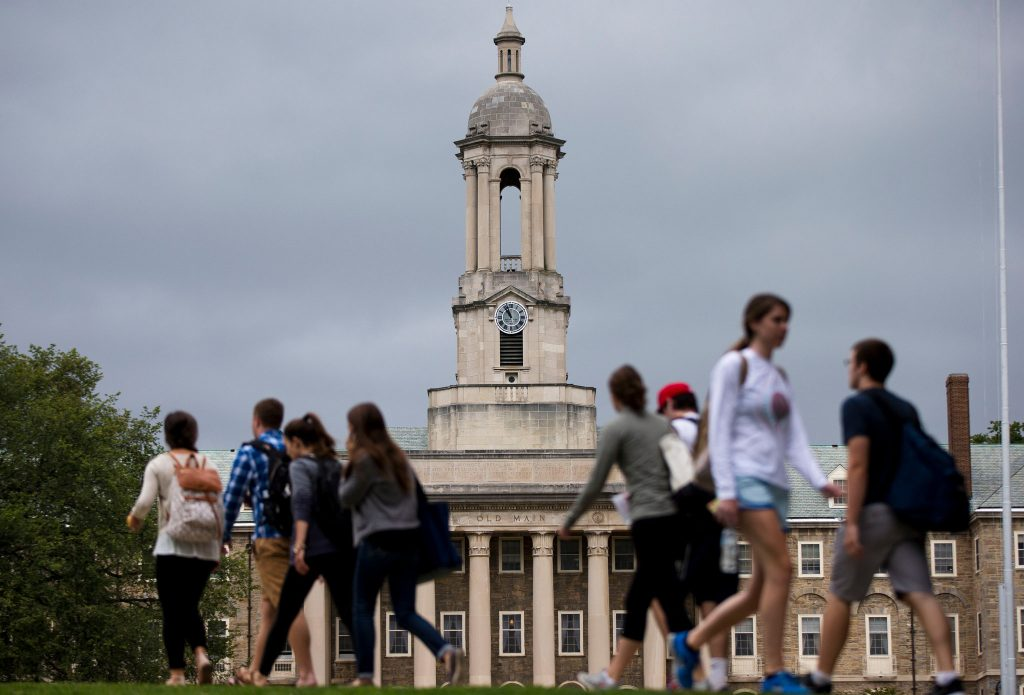 There is a gender gap in earnings for the alumni at every top university, although the size of the difference varies greatly. (Matt Rourke/AP Photo)