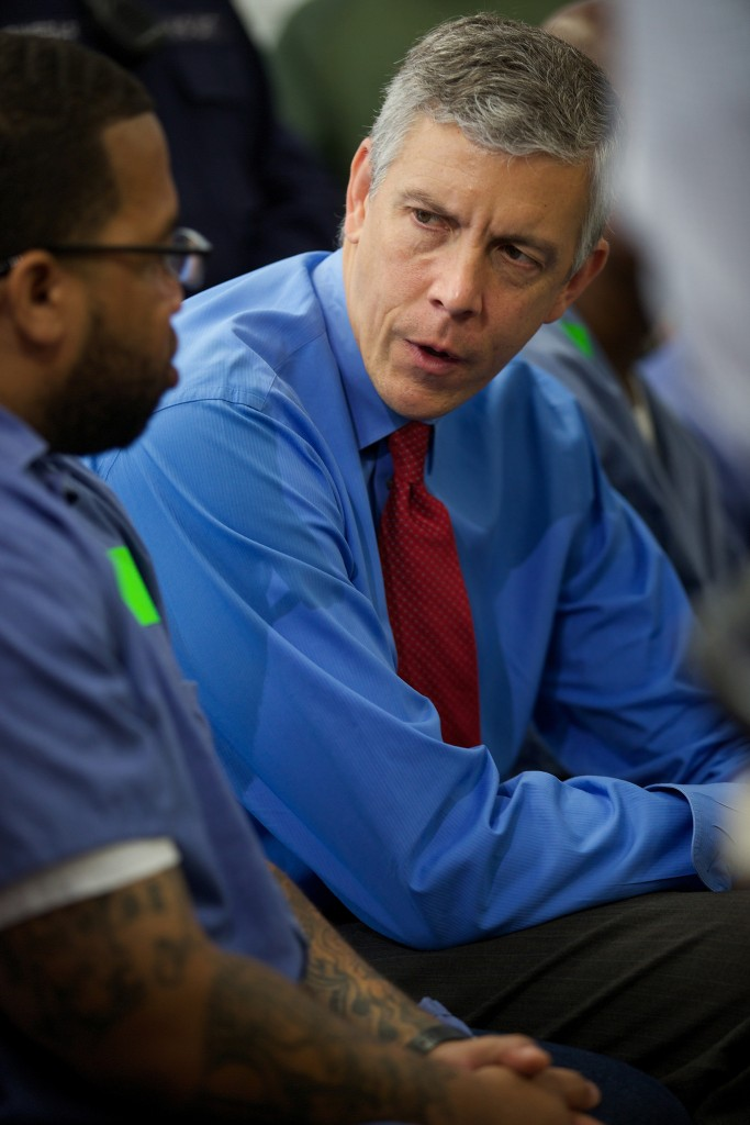 Photo of Feds Launch Pilot College Program for Prisoners