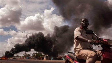 Photo of Rival Forces in Burkina Stand-Off Ahead of Mediation Mission