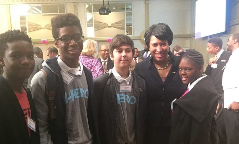 Keynote speaker Mayor Muriel Bowser poses with members of the College Success Foundation - DC, HERO program during the eighth annual CSF-DC Breakfast Fundraiser on Thursday, Oct. 22 at The Capital Hilton in Northwest. /Photo courtesy of CSF-DC.