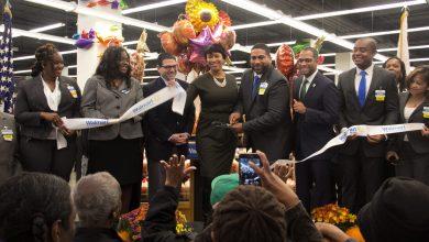Photo of Walmart Opens in Fort Totten Community