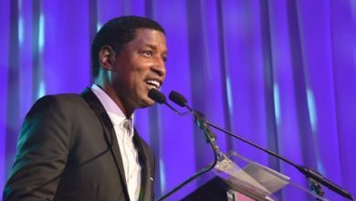 Photo of Babyface Feted in D.C. by National Women's Group