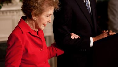 Photo of Nancy Reagan, U.S. Presidential Wife and Protector, Dies at 94