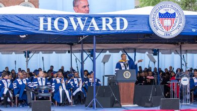 Photo of Obama Urges Howard Graduates to Continue Needed Change