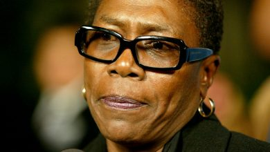 Photo of Afeni Shakur, Mother of Tupac Shakur and Activist, Dead at 69