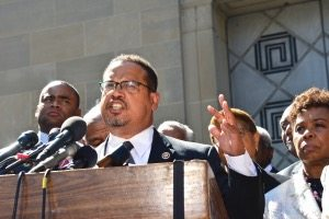 Photo of BUSINESS EXCHANGE: Keith Ellison Finds Good Work Is Hard to Come By