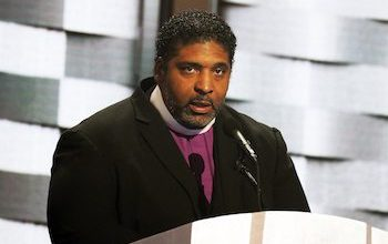 Photo of Rev. Barber Awarded MacArthur Foundation Genius Grant