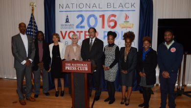 Photo of Black Voter Poll: 90 percent to Cast Ballot for Clinton