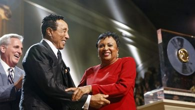 Photo of Motown's 'Smokey' Honored for Prolific Songbook