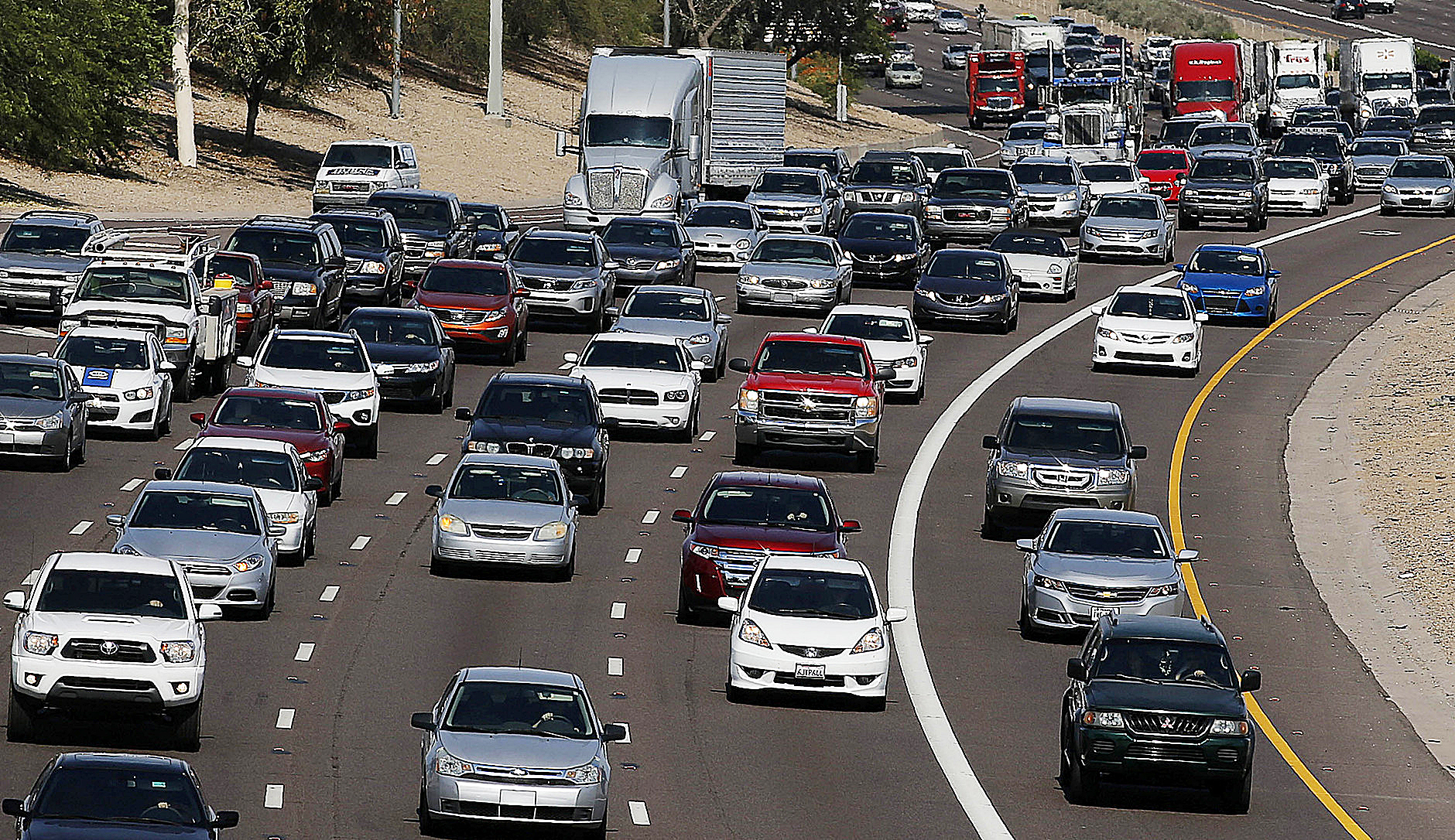 Photo of More Than 1M Area Residents Traveling for Thanksgiving