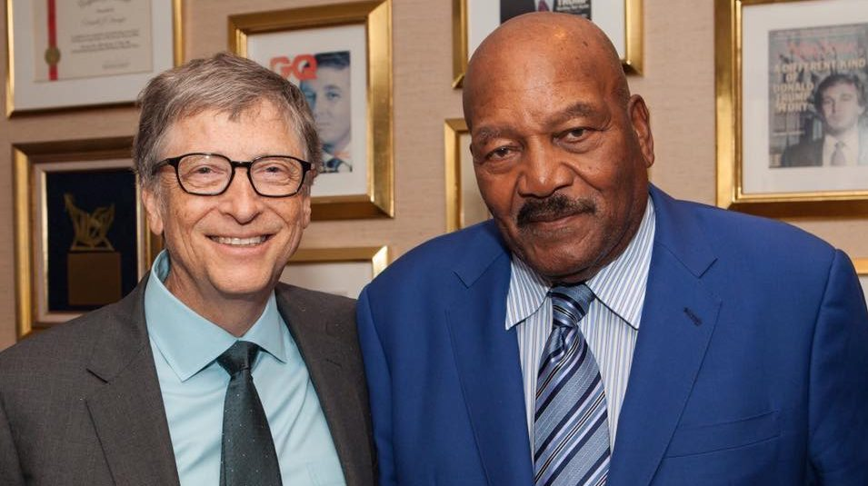 Photo of Trump Meets with Black Celebrities
