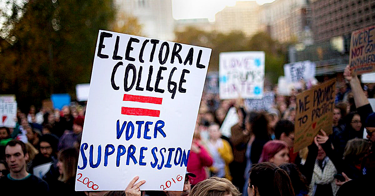 Photo of Push Intensifies for Electoral College to Dump Trump