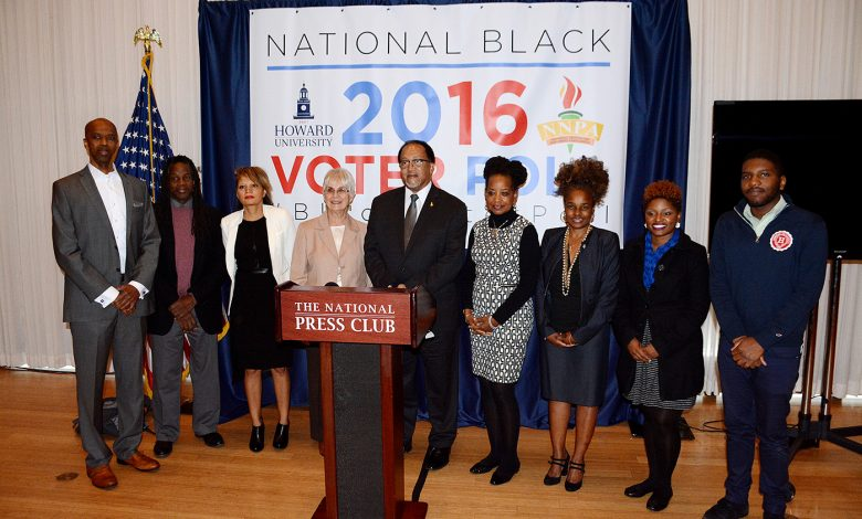 The National Newspaper Publishers Association and Howard University hold a press conference at the National Press Club in northwest D.C. on Nov. 1 to release the results of the National Black Voter Poll. Photo by Roy Lewis