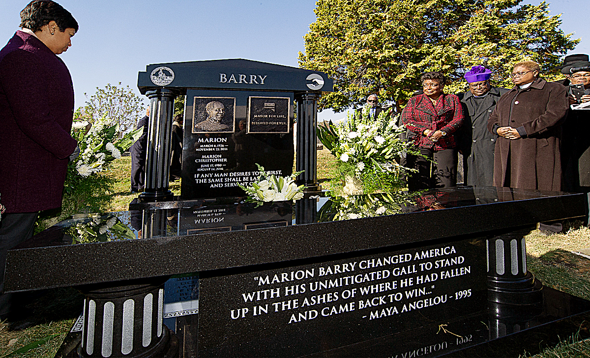 Photo of Marion Barry Gravesite Gets Permanent Marker