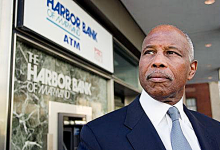 Photo of Banks Reap Benefit of 'Black Dollars Matter'