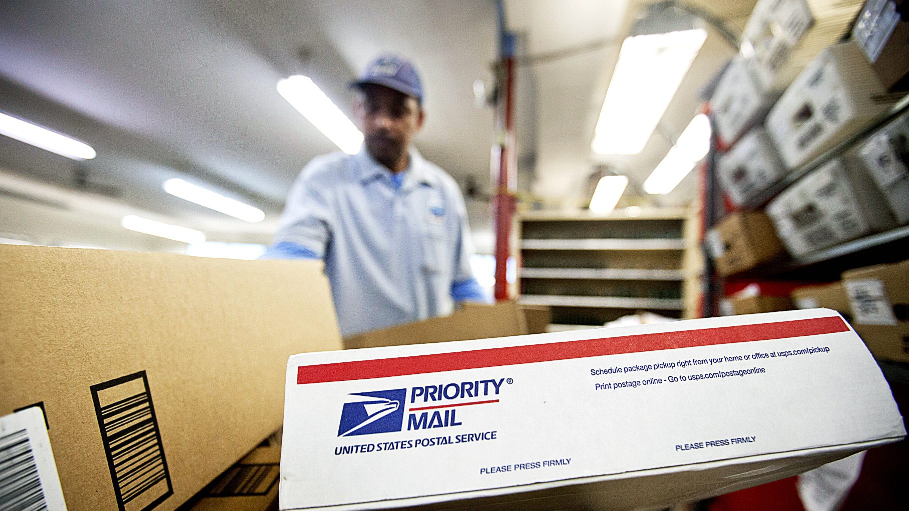 Photo of Postal Service Issues Holiday Mail Tips