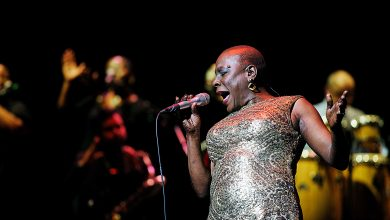 Photo of Sharon Jones, Famed Soul Singer, Dies After Cancer Battle